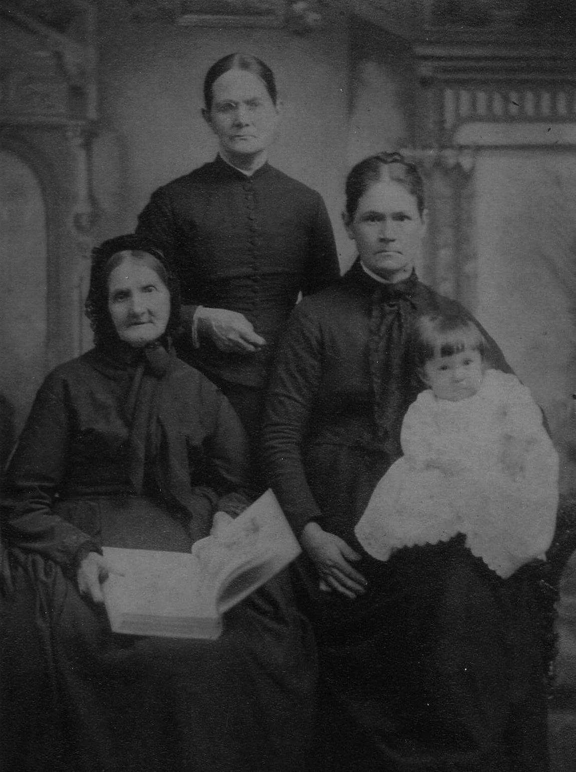 (cw) Annie Brown, Elizabeth Norris, Annie Gray, & Janet Kellar Hull (c.1888)
